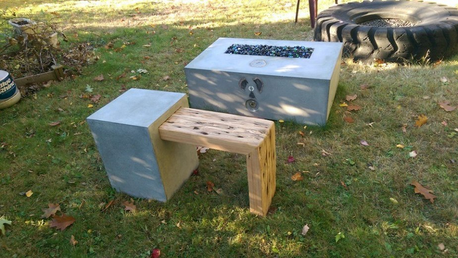 Ebony pit and Block and Bench seat